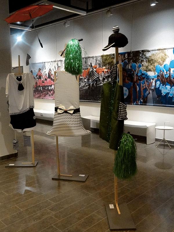 3 costumes de la biennale de la danse